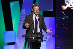 Ο Τόμ Μακάρθυ με το βραβείο σκηνοθεσίας για  το Spotlight